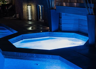 Spas-Hot-Tub-Img